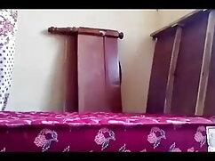 মেয়েদের হস্তমৈথুন নকল বাঁড়ার চাঁচা হিন্দি সেক্সি ভিডিও
